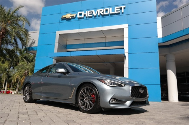 Pre-Owned 2017 INFINITI Q60 Red Sport 400